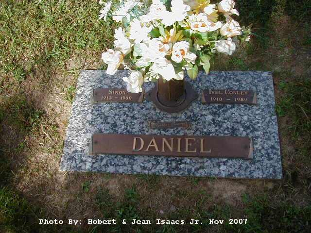 Daniel Simon Scott